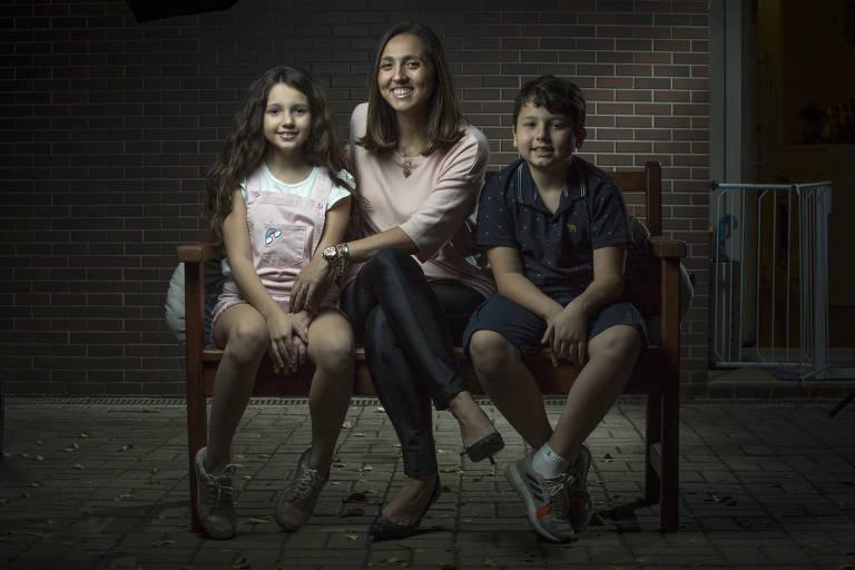 Mães contam como estão passando pelo período de aulas em casa