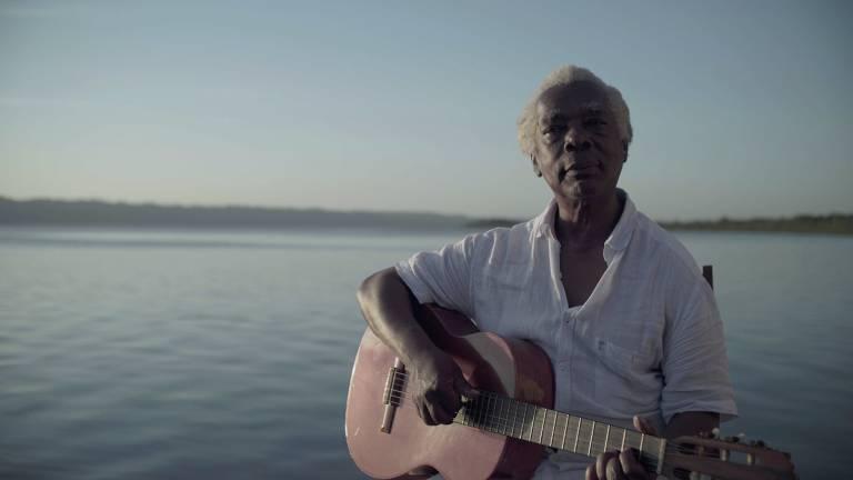 O cantor e compositor Mateus Aleluia, ex-Tincoãs, em cena do documentário 'Aleluia'