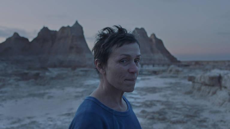 Cena do filme 'Nomadland', protagonizado por  Frances McDormand
