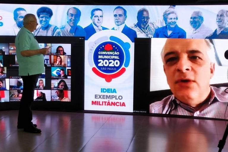 Antonio Neto (PDT) interage com Márcio França (PSB) em ato político da convenção que selou sua indicação à vice-prefeito