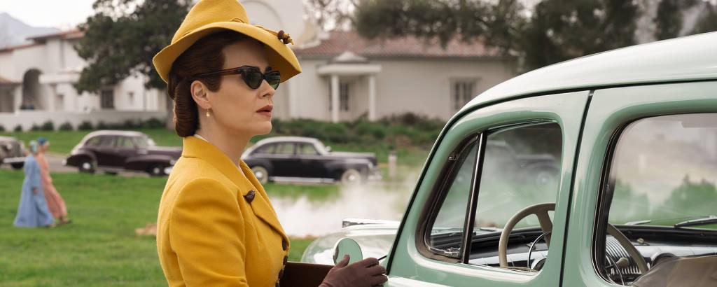 (Atriz) Sarah Paulson como Mildred Ratched