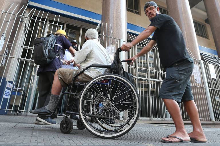 INSS vai pagar auxílio de R$ 550 após fim do BPC, que terá novas regras e pente-fino