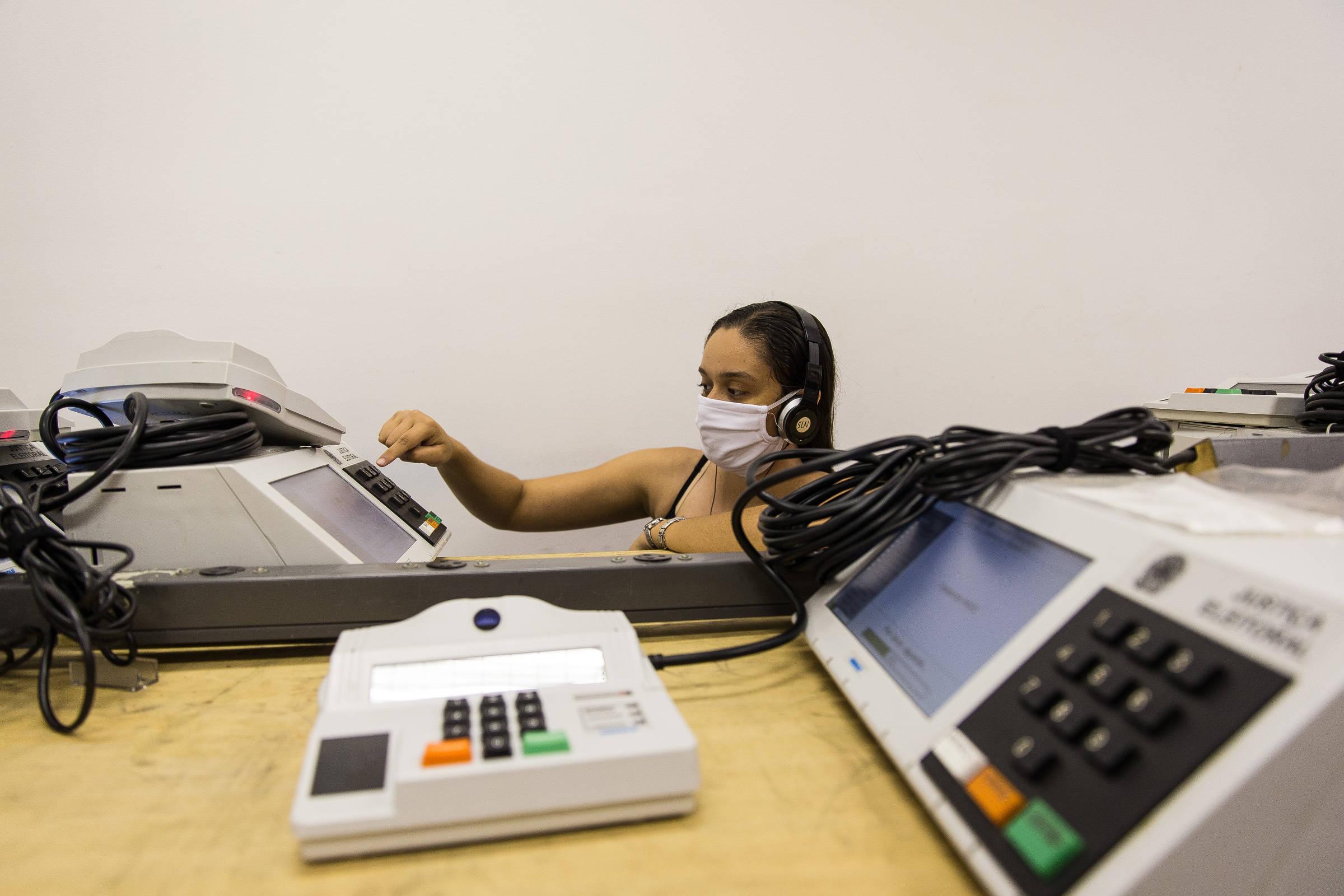 TSE busca parcerias para desenvolver sistema de votação pelo celular