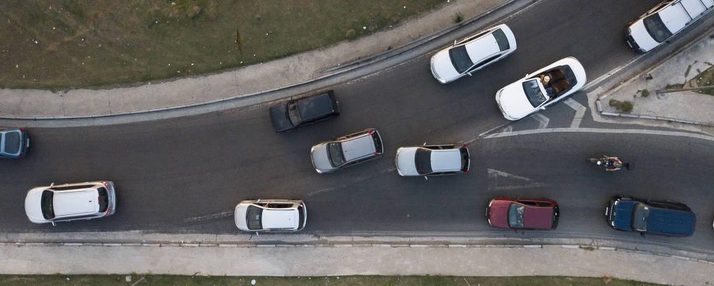 Imagem do trevo de Bonsucesso, na rodovia Presidente Dutra, em Guarulhos