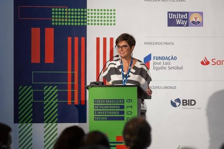 Paula Fabiani, diretora-presidente do Idis (Instituto para o Desenvolvimento do Investimento Social), durante o Fórum Brasileiro de Filantropos e Investidores Sociais 2019