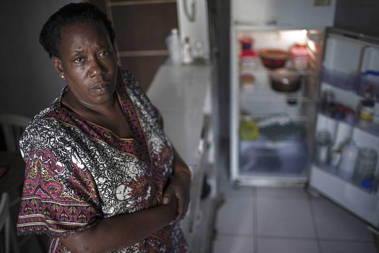Leni Santos, moradora do Jardim Salete, em Taboão da Serra
