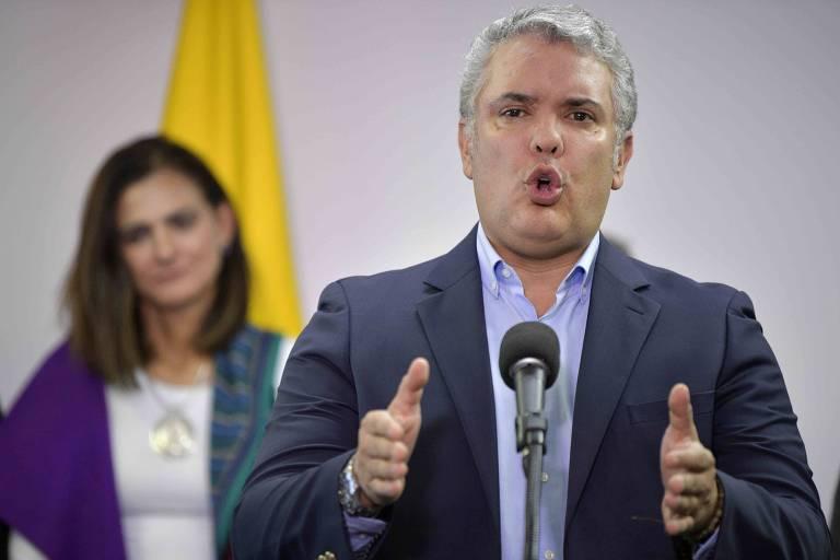 O presidente da Colômbia, Iván Duque, discursa em Bogotá
