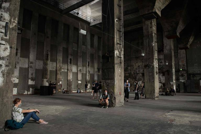 Veja fotos da boate Berghain Club, que agora abriga exposição