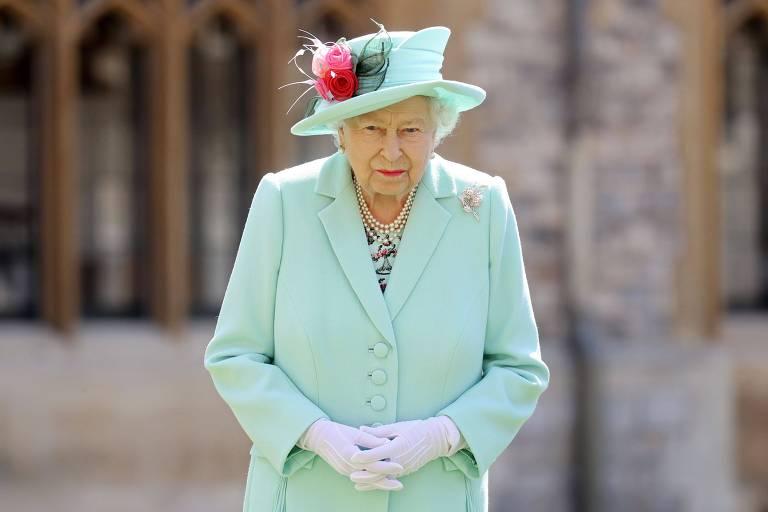 Rainha Elizabeth 2ª veste tailleur verde menta