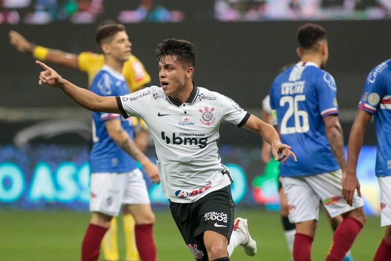 Roni comemora seu primeiro gol com a camisa do Corinthians