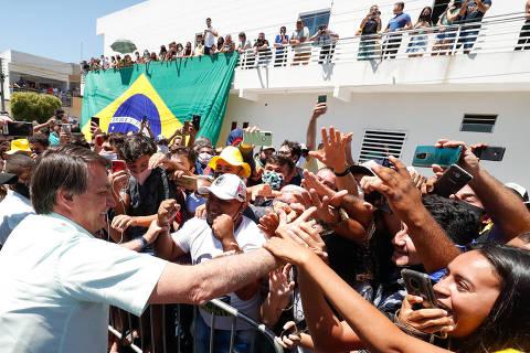 Coremas - PB, 17/09/2020 -  Presidente da República, Jair Bolsonaro recebe os cumprimentos da população local. (Foto: Alan Santos/PR)
