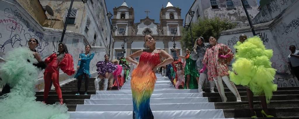 """""""Me Gusta"""" foi gravado em lugares históricos de Salvador no início deste ano"""
