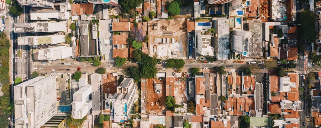 Imagem aérea mostra empreendimentos no quarteirão entre as ruas Cristiano Viana, Arthur de Azevedo, Av. Rebouças e Alves Guimarães