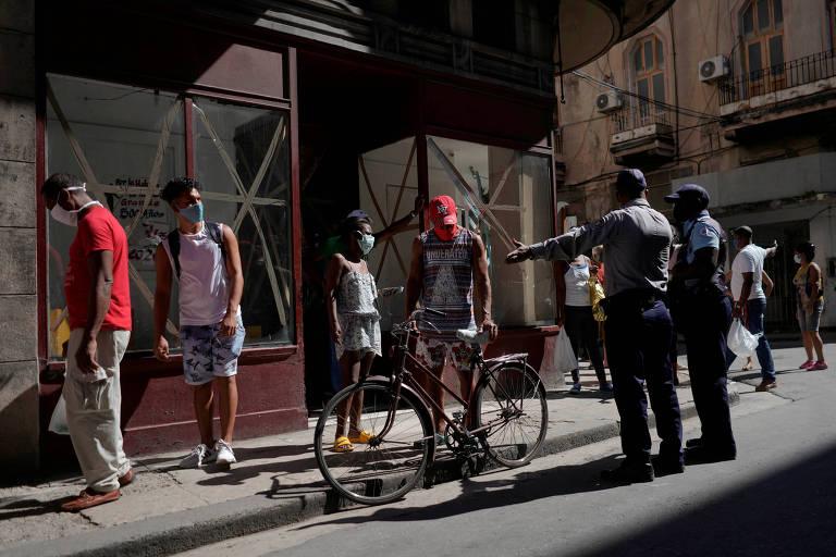 Em meio à pandemia, Cuba enfrenta crise alimentar e dificuldade econômica