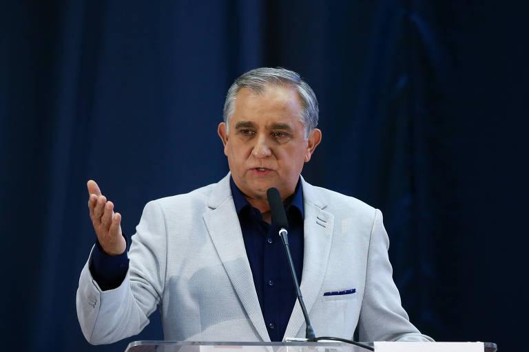 Líder do PSDB no Senado rebate declaração de Tasso e diz que Doria lidera prévias