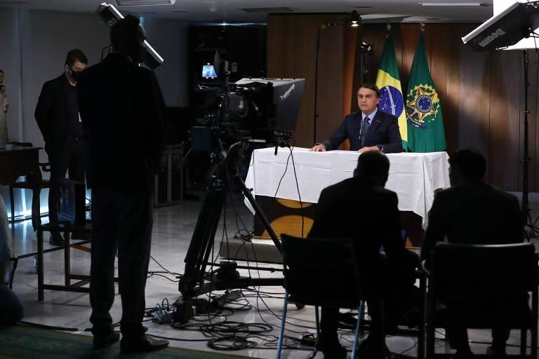 O presidente brasileiro, Jair Bolsonaro, grava discurso em Brasília para a Assembleia Geral da ONU