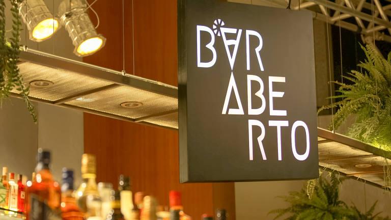 Marina Person na Band que vai escolher o melhor bartender amador do Brasil no programa Bar Aberto