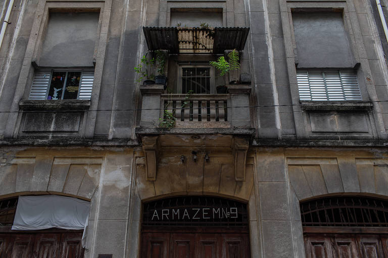 Detalhe do prédio usado pelo Grupo XIX de Teatro na Vila Maria Zélia