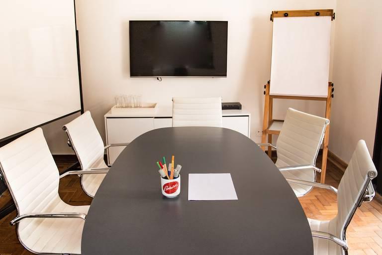 Sala de reuniões do Estação Coworking, em Pinheiros