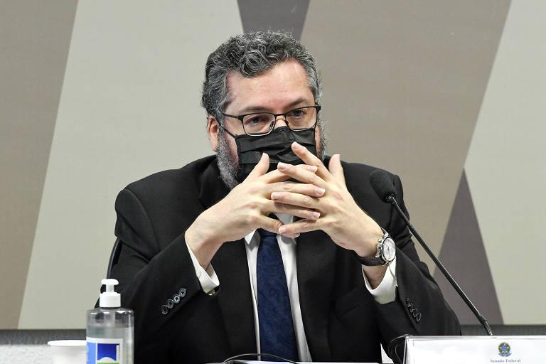 O chanceler brasileiro, Ernesto Araújo, durante depoimento à Comissão de Relações Exteriores do Senado nesta quinta (24)