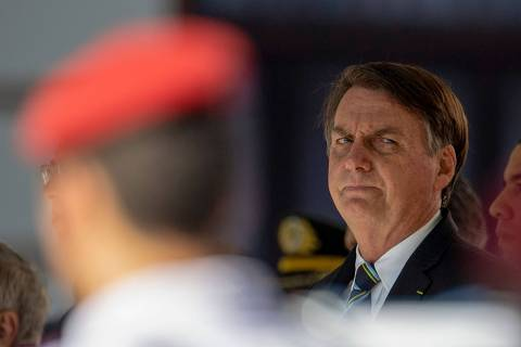'Se nada faço, sou omisso; se faço, estou pensando em 2022', diz Bolsonaro sobre Renda Cidadã