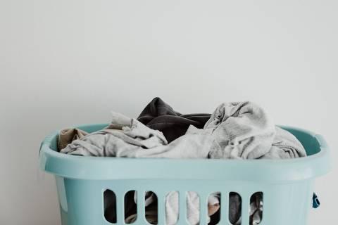 Cesto de roupas