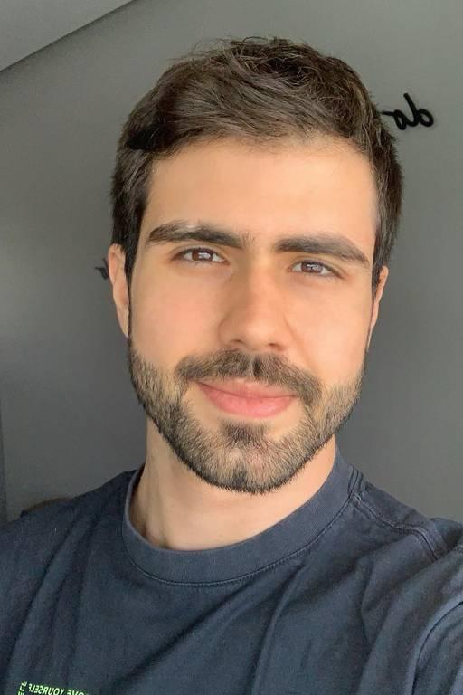 Imagens do ator Juliano Laham