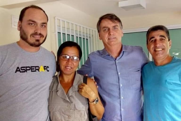 Wal e Carlos (esq) e Jair Bolsonaro