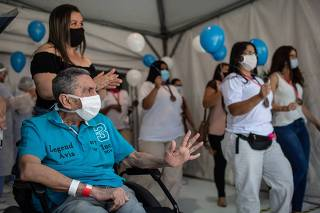 Alta do último paciente do Hospital de Campanha do Ibirapuera