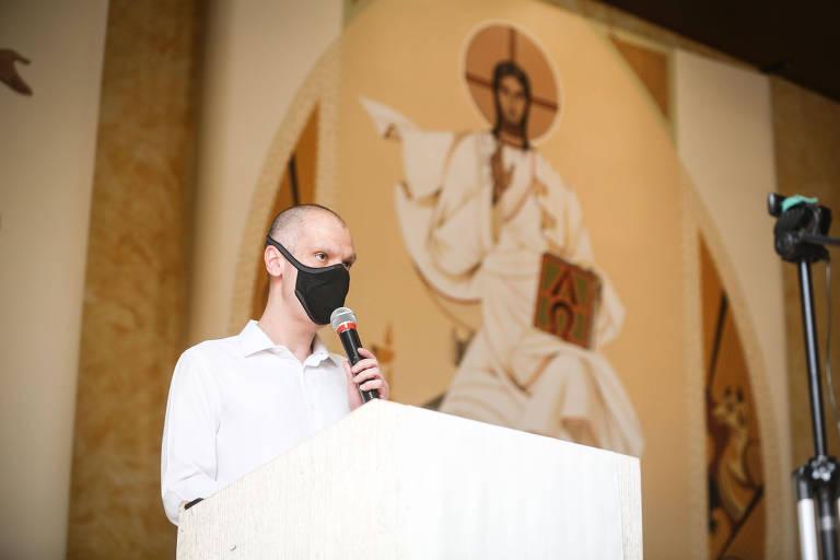 Bruno Covas, candidato à reeleição, em missa na Paróquia Nossa Senhora de Imaculada Conceição, na zona sul