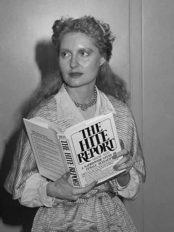 """Seu primeiro livro, """"The Hite Report"""", foi publicado em 1976"""