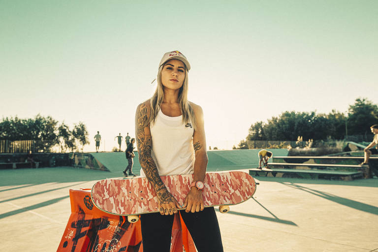 Leticia Bufoni é referência no skate para as mais jovens