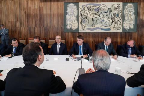 Governo propõe usar recursos de precatórios e Fundeb para bancar novo programa social