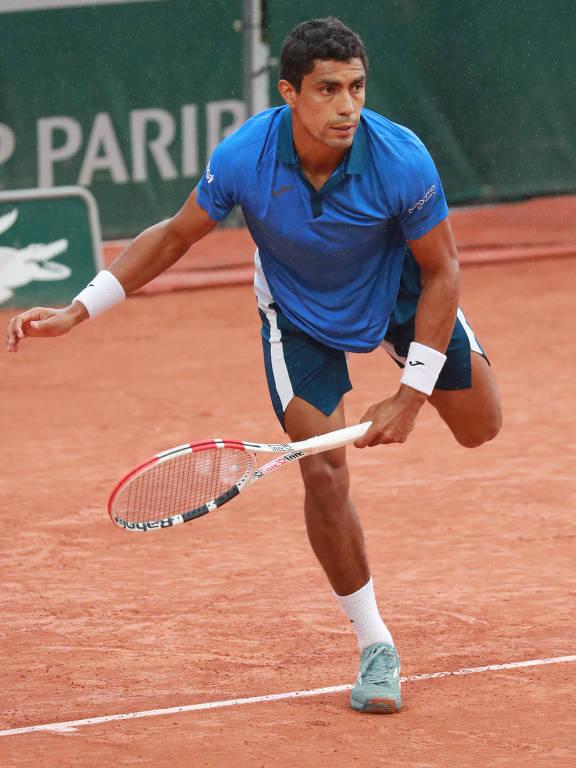 O tenista brasileiro Thiago Monteiro vence em sua estreia na edição 2020 de Roland Garros