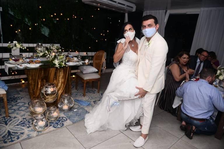 Gretchen se casa com Esdras
