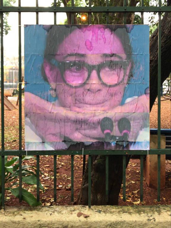 Obra do artista Tecnobruno exposta na praça Rotary, na Vila Buarque