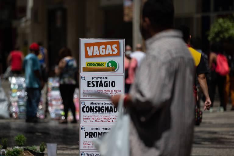 Desocupação bate recorde no trimestre terminado em julho