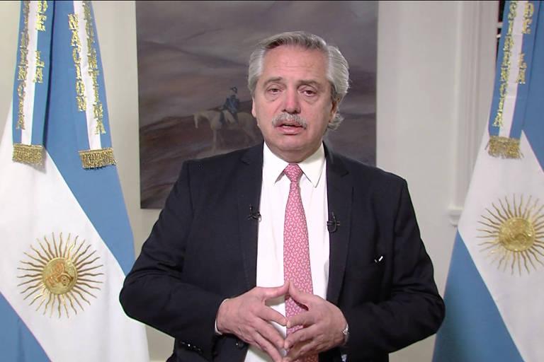 O presidente da Argentina, Alberto Fernández, discursa em mensagem gravada para a Feira Internacional de Comércio e Serviços da China