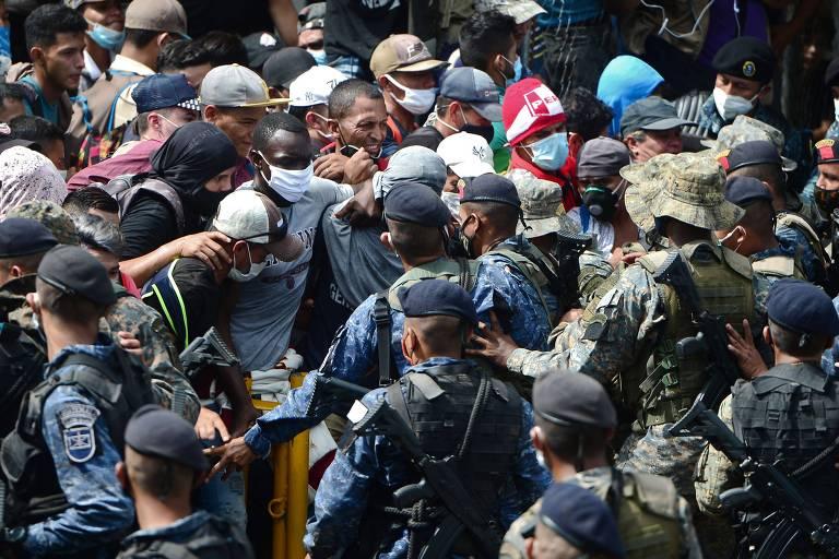 Guatemala ordena detenção de mais de 2.000 migrantes a caminho dos EUA