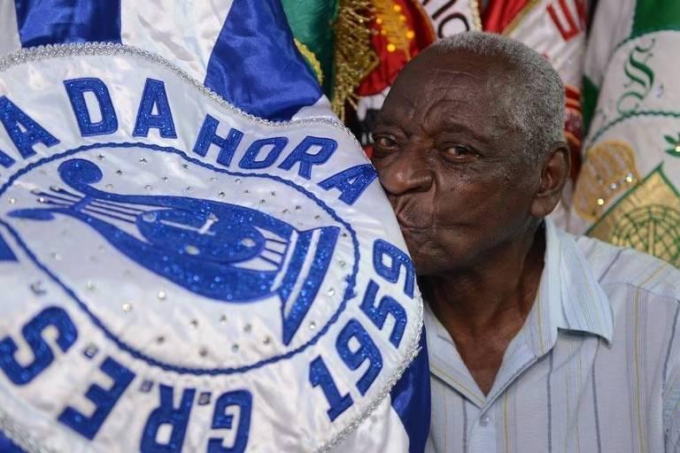 """Edeor de Paula, compositor do samba """"Os Sertões"""", de 1976, da escola de samba Em Cima da Hora; Edeor morreu aos 87 anos, em 1 de outubro de 2020"""