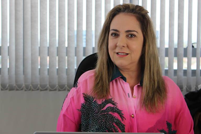 Helena Crizel, 51, fundadora do Ella App, procurou mulheres que quisessem colaborar com seu projeto, com contrato mútuo conversível, ou seja, o investidor escolhe, depois de um tempo, ter o dinheiro de volta ou virar sócio. É um modelo pouco difundido no Brasil, mas muito usado no exterior.