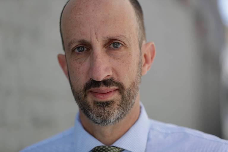 O jornalista americano Seth Hettena