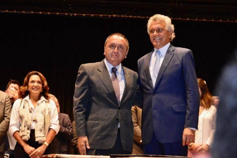 Rodney Miranda (esq.) ao lado do governador de Goiás, Ronaldo Caiado