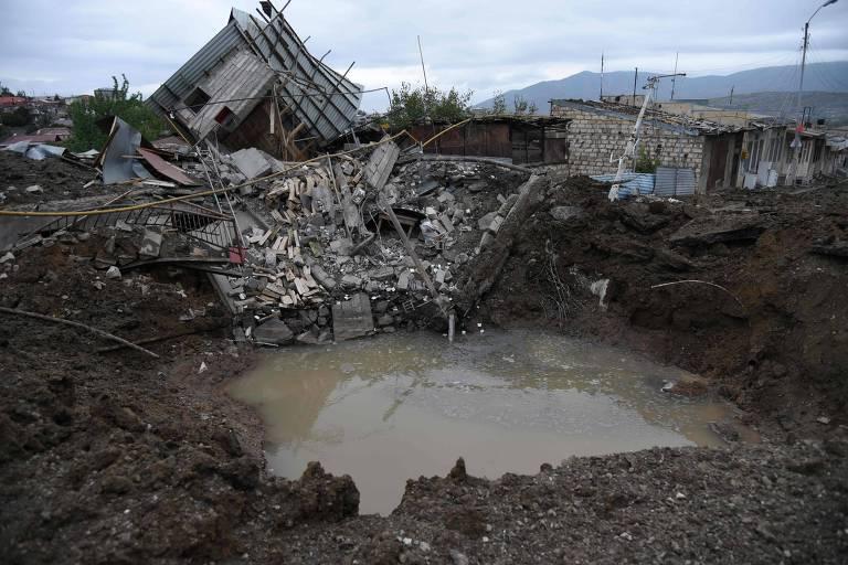 Conflito entre Armênia e Azerbaijão se amplia em áreas civis