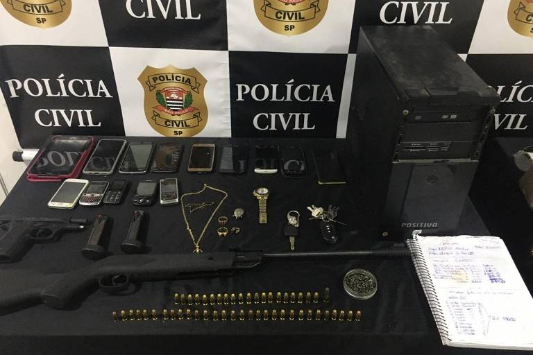 Sete são presos e 64 motos apreendidas em operação policial na favela de Paraisópolis