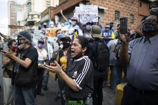 Juan Guaido Supports Teacher's Protest Amid Coronavirus Pandemic