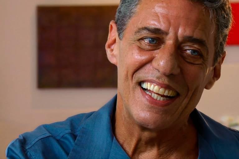 Chico Buarque quer retratação de Frota e valor mais alto de indenização