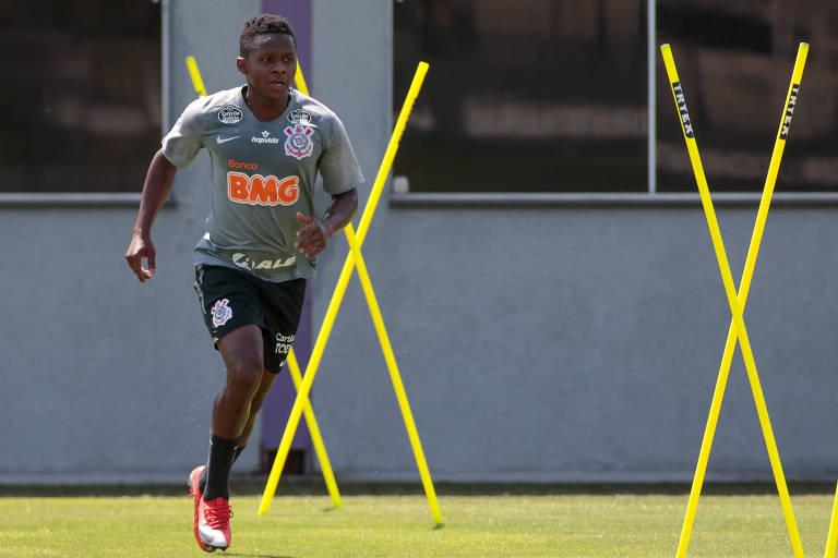 Cazares deve ser titular do Corinthians contra o Santos
