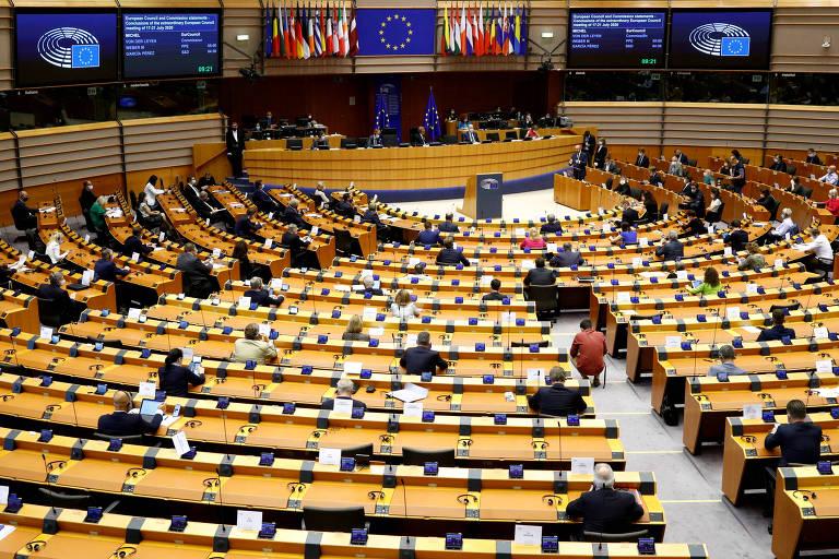 Plenário do Parlamento Europeu, em Bruxelas, na Bélgica, durante sessão realizada em julho de 2020