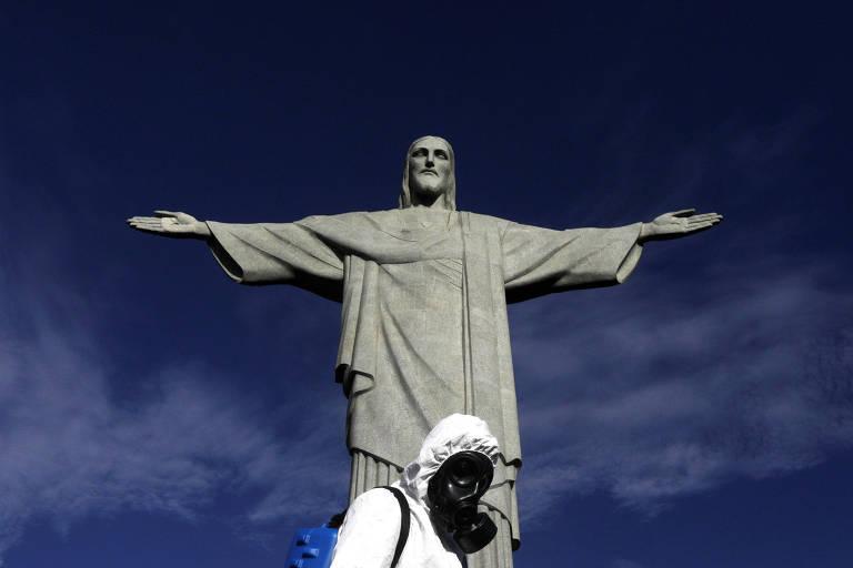 Imagem do Cristo Redentor em meio a pandemia da Covid-19